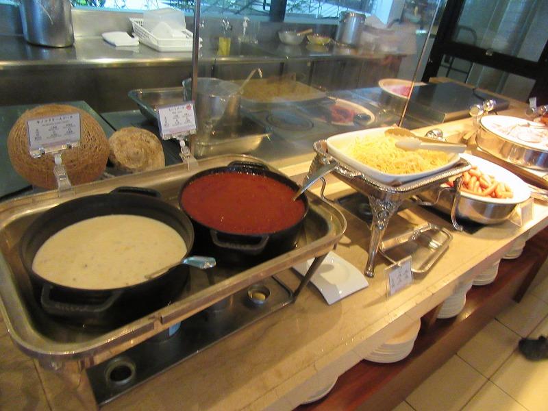ホテル ムーン ビーチ 朝食